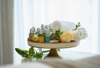 Hotel Rothschild 22 - L'occitane Cosmetic Products